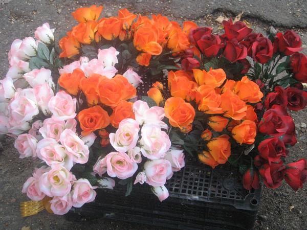 Искусственные цветы на кладбище купить в спб в розницу